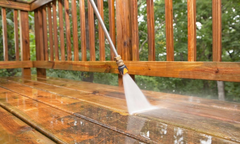 deck pressure washing